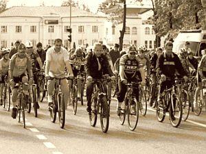 В Омске открылся велосезон