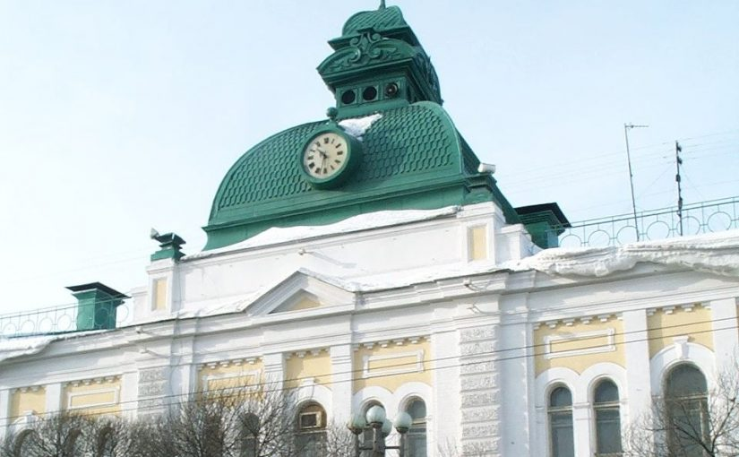 Накануне Нового года в Омске продолжают подводить итоги празднования и сдавать юбилейные объекты